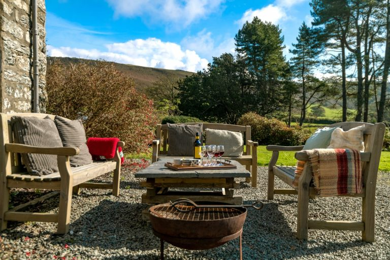 Relaxing holidays in Wales | Llanfendigaid